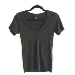 ARITZIA Tna V-Neck Short Sleeve T-Shirt Charcoal
